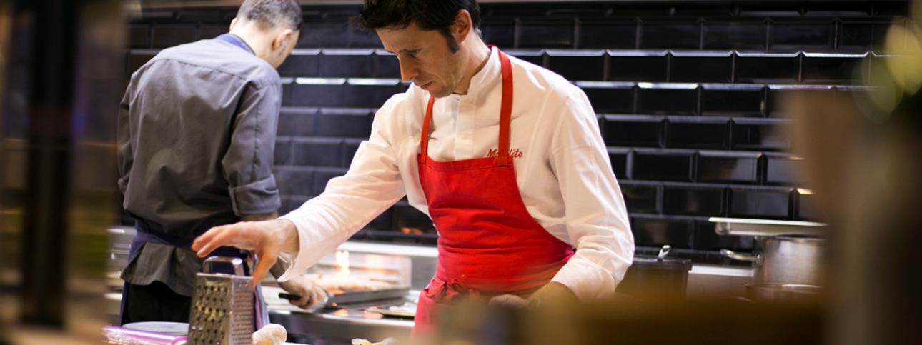 El chef Manolito, del restaurante Quema