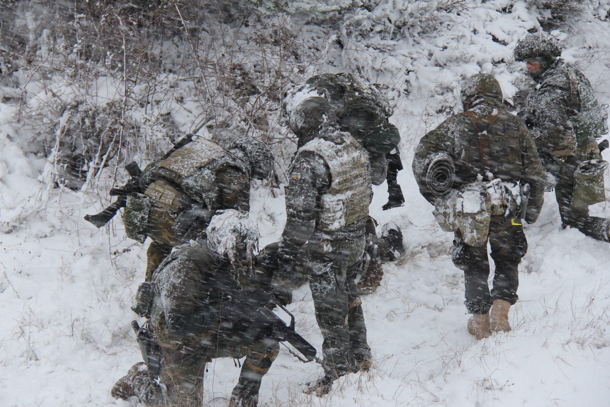 Curso de mandos de Operaciones Especiales de la EMMOE, en Jaca