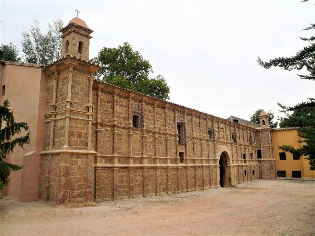 Palacio abacial. Fachada restaurada